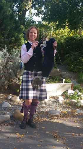 Jeanie Hawes Schultz Professional Bagpiper