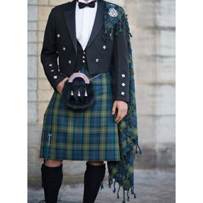Ffly plaid with purled edges