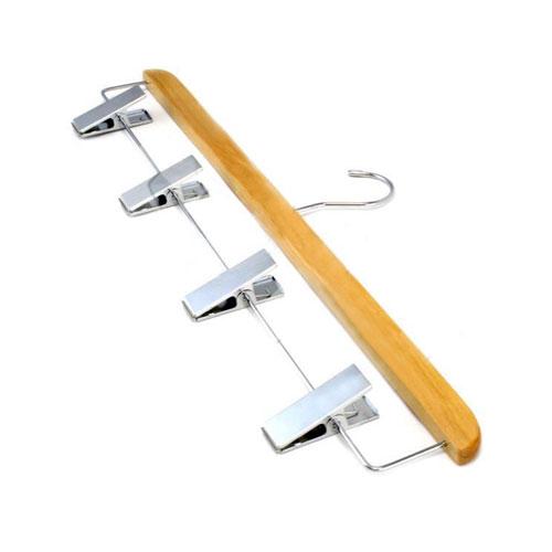 wooden-kilt-hanger