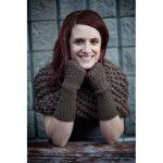 Outlander Claires Arm Warmers & Cowll