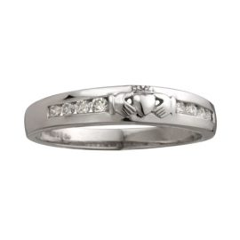 14kt White Gold 8 Stone Diamon Claddagh Ring S2716
