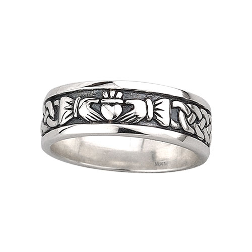 Gents Claddagh Band Sterling Silver S2828
